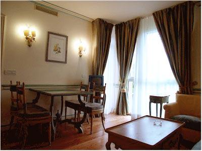 https://www.villagabriella.net/wp-content/uploads/2015/01/Livingroom-kitchencorner-1.jpg